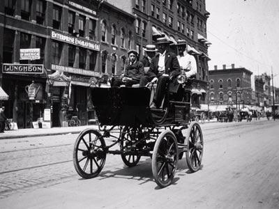 Historisches Elektrofahrzeug