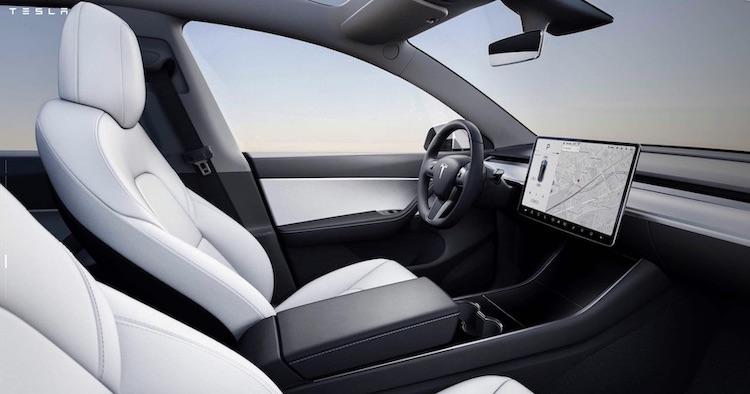 vollelektrische Tesla Model Y Innenraum