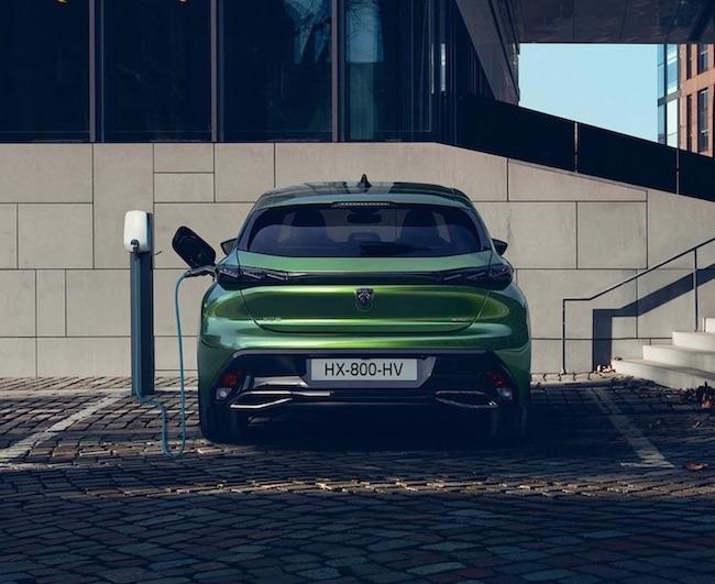 Der Peugeot 308 Plug-In Hybrid Fließheck